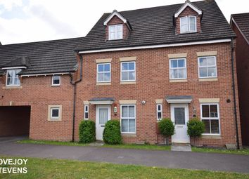 Thumbnail 3 bedroom town house for sale in Urquhart Road, Thatcham