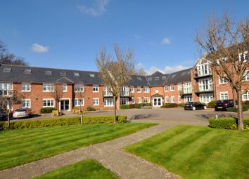 Thumbnail 1 bedroom flat to rent in Broyle Road, Chichester