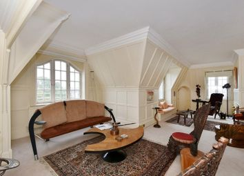 Thumbnail 3 bed flat to rent in Cliveden Place, Belgravia