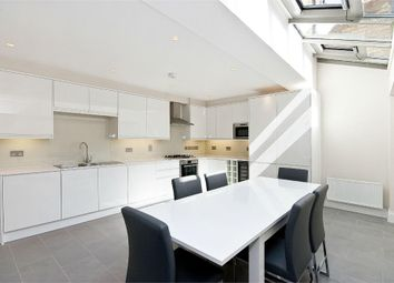 Thumbnail 3 bedroom terraced house to rent in Holywell Row, London