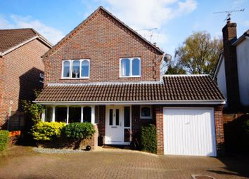Thumbnail 4 bed detached house for sale in Lynwood Close, Lindford