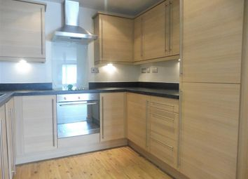 Thumbnail 2 bed flat to rent in Fitzwilliam Street, Bletchley, Milton Keynes