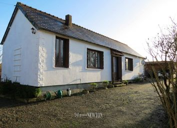 Thumbnail Property for sale in St Vran, 22230, France