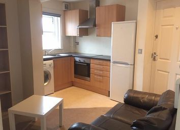 2 bed property to rent in Avenue Road, Southampton SO14