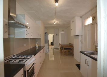 Thumbnail 5 bedroom terraced house to rent in Woodlands Park Road, London
