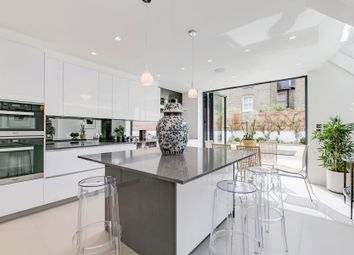 Thumbnail 6 bed terraced house to rent in Clonmel Road, London