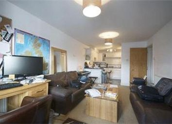 Thumbnail 1 bed flat to rent in Drake House, Victory Place, London