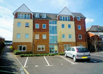 Thumbnail 2 bed flat to rent in Bastins Close, Park Gate, Southampton