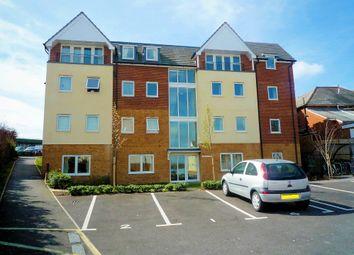 Thumbnail 2 bed flat to rent in Bastins Close, Park Gate, Southampton