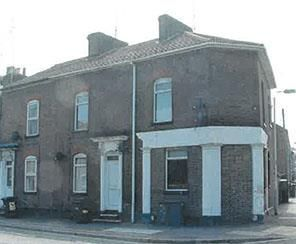 Thumbnail End terrace house for sale in Park Street, Luton