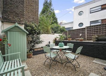 Thumbnail 2 bed flat to rent in Lyme Street, London