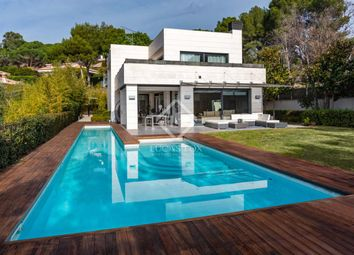 Thumbnail 5 bed villa for sale in Spain, Barcelona North Coast (Maresme), Sant Vicenç De Montalt, Mrs15873