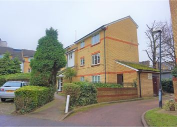 Thumbnail 1 bed flat to rent in Heddington Grove, Holloway
