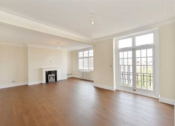 Thumbnail 3 bedroom flat to rent in Rodney Court, London