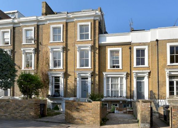 Thumbnail 1 bedroom flat to rent in King Edwards Road, London