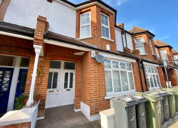 2 bed maisonette to rent in Venetian Road, Camberwell SE5