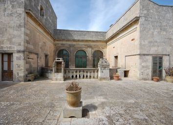 Thumbnail 16 bed town house for sale in Piazza, Minervino di Lecce, Puglia, Italy