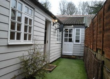 Thumbnail 1 bed cottage to rent in High Street, Ongar