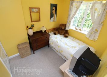 Thumbnail Room to rent in Devonshire Park, Reading