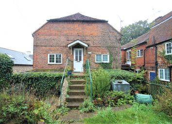 Thumbnail 2 bed flat to rent in School Lane, Sutton Valence, Maidstone