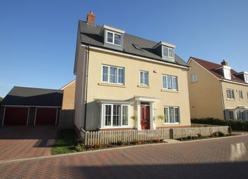 Thumbnail 5 bedroom town house for sale in Shetland Crescent, Rochford