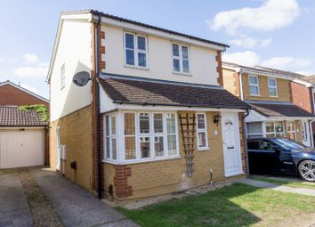 Thumbnail 3 bed detached house to rent in Canterbury Road, Flitwick, Bedford