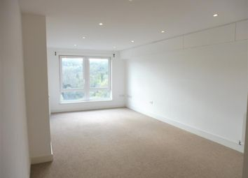 Thumbnail 2 bed flat to rent in Court Bushes Road, Whyteleafe