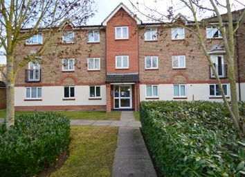 2 bed flat to rent in Bodiam Court, Maidstone ME16