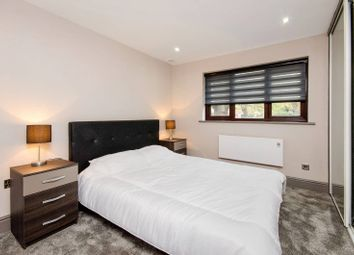 Thumbnail 1 bed flat to rent in Verulam Avenue, Walthamstow