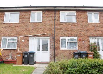 Thumbnail 4 bed detached house to rent in Chennells, Hatfield