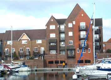 Canary Quay, Sovereign Harbour South, Eastbourne BN23. 2 bed flat