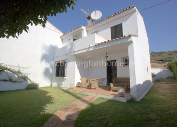 Thumbnail 4 bed town house for sale in Torreguadiaro, Manilva, Málaga, Andalusia, Spain