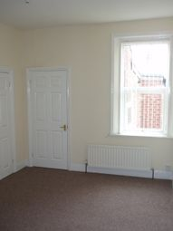 Thumbnail 3 bed duplex to rent in Faraday Grove, Gateshead