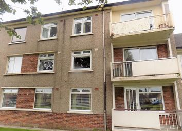 Thumbnail 2 bed flat for sale in Chisholm Place, Grangemouth