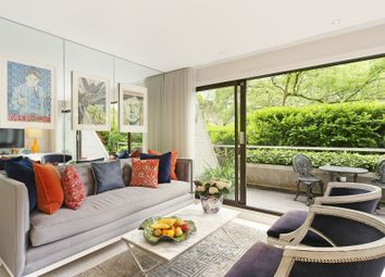 Thumbnail 2 bed maisonette for sale in Hanover Steps, St George's Fields, London