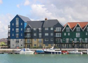 Thumbnail 2 bed flat to rent in Pier Road, Littlehampton