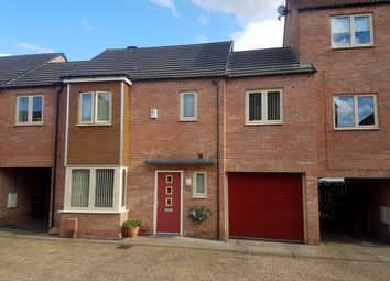 Thumbnail 4 bed town house to rent in Lidgett Square, Allerton Bywater, Castleford