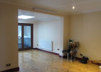 Thumbnail Room to rent in Abercorn Cresent HA2 0Px,