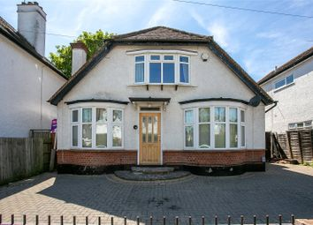 4 bed detached house to rent in Shepherds Road, Watford, Hertfordshire WD18