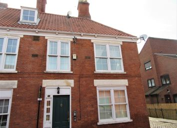 Thumbnail 1 bed flat to rent in Flat 6, 8 Dagger Lane, Hull
