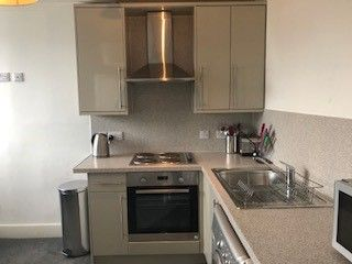 2 bed flat to rent in Orchard Street, City Centre, Aberdeen AB24
