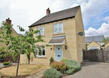 Thumbnail 4 bed detached house for sale in Cherry Tree Way, Witney