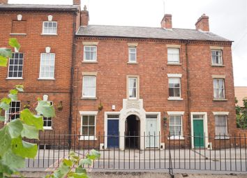 Thumbnail 3 bed town house for sale in Mill Gate, Newark