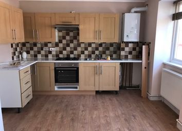 1 bed flat to rent in The Broadway, Stoneleigh KT17