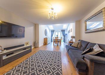 3 bed terraced house for sale in Wayside, Winnersh, Wokingham RG41