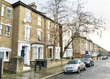 Thumbnail 4 bed flat to rent in Wilberforce Road, Finsbury Park