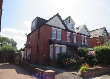 2 bed flat for sale in Westbourne Road, Penarth CF64