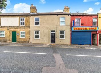4 bed property for sale in Tonbridge Road, Maidstone, Kent ME16
