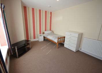 Thumbnail Studio to rent in Redearth Road, Darwen