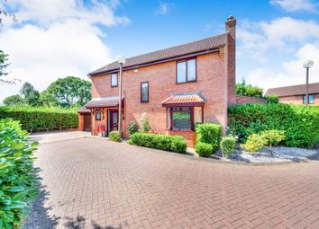 Thumbnail 4 bed detached house for sale in Rosebay Close, Walnut Tree, Milton Keynes